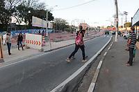 CAMPINAS, SP 07.08.2019 - BRT - Mudança no local de passagem para pedestres na Av Piracicaba, no jardim Campos Eliseos, sem faixa de pedestres e sinalização. Pais dos alunos da Escola Estadual Padre José dos Santos estão preocupados com a situação dos alunos. (Foto: Denny Cesare/Código19)