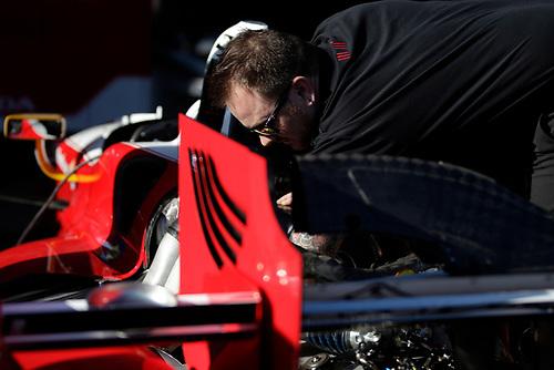 26-27 February, 2016, Avondale, Arizona USA<br /> Andretti Autosport paddock, crew at work on Carlos Munoz' car<br /> ©2016, Phillip Abbott<br /> LAT Photographic