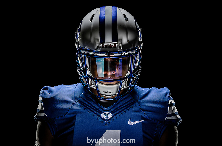 _RE_8039<br /> <br /> 17FTB Posed Action<br /> <br /> December 9, 2016<br /> <br /> Photography by Nate Edwards/BYU<br /> <br /> © BYU PHOTO 2016<br /> All Rights Reserved<br /> photo@byu.edu  (801)422-7322