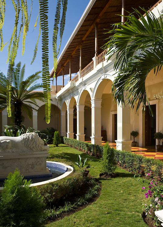 Courtyard at La Perla hotel, Leon, Nicaragua