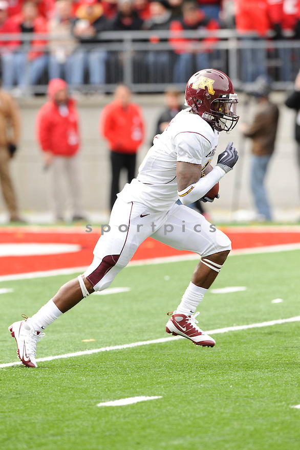 TROY STOUDMIRE, of the Minnesota Golden Gophers in action during the Gophers  game against the Ohio State Buckeyes on October 24, 2009 in Columbus, OH. Ohio State won 38-7..