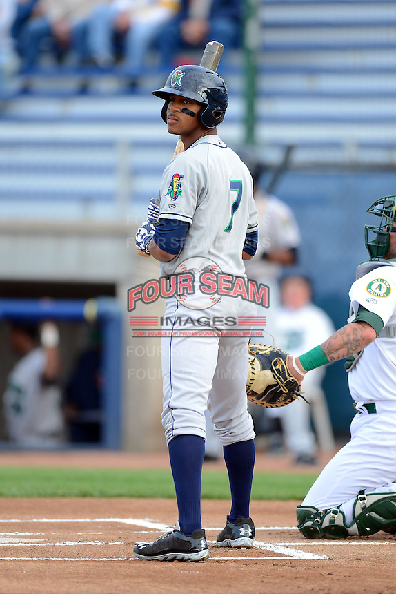 Cedar Rapids Kernels outfielder Byron Buxton #7 during a game against the Beloit Snappers on May 22, 2013 at Pohlman Field in Beloit, Wisconsin.  Beloit defeated Cedar Rapids 7-6.  (Mike Janes/Four Seam Images)