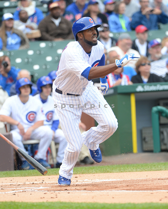 Chicago Cubs Dexter Fowler (24) during a game against the New York Mets on May 14, 2015 at Wrigley Field in Chicago, IL. The Cubs beat the Mets 6-5.