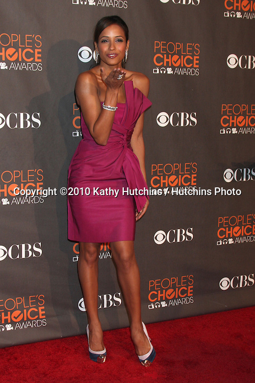 Dania Ramirez .arriving  at the 2010 People's Choice Awards.Nokia Theater.January 6, 2010.©2010 Kathy Hutchins / Hutchins Photo.