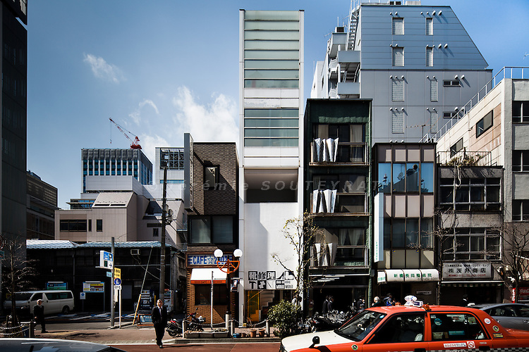 Tokyo, March 9 2011 - Ambiflux by Architecton.