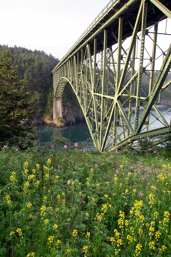 Deception Pass Bridge, Deception Pass State Park, Island County & Skagit County, Washington, USA