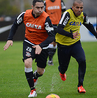 SÃO PAULO,SP, 25 Junho 2013 -  Emerson e Chicao durante treino do Corinthians no CT Joaquim Grava na zona leste de Sao Paulo, onde o time se prepara  para o campeonato brasileiro. FOTO ALAN MORICI - BRAZIL FOTO PRESS