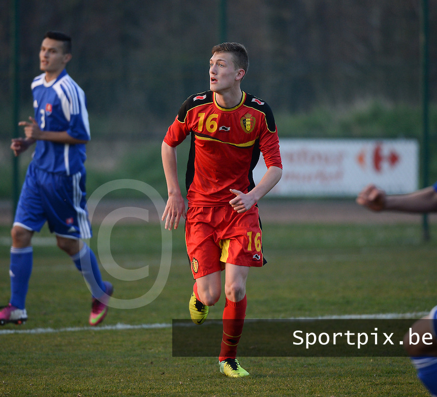 20140312 - MEULEBEKE , BELGIUM : Belgian Indyana Van Camp pictured during a friendly soccer match between the Under16 soccerteams of Belgium and Slovakia , Wednesday 12 March 2014 in Meulebeke . PHOTO DAVID CATRY