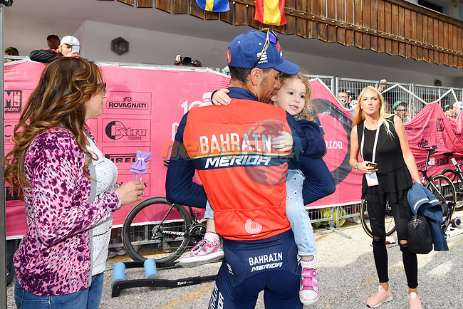 Vincenzo Nibali (ITA) Bahrain-Merida with his family after Stage 17 of the 100th edition of the Giro d'Italia 2017, running 219km from Tirano to Canazei, Italy. 24th May 2017.<br /> Picture: LaPresse/Massimo Paolone | Cyclefile<br /> <br /> <br /> All photos usage must carry mandatory copyright credit (&copy; Cyclefile | LaPresse/Massimo Paolone)