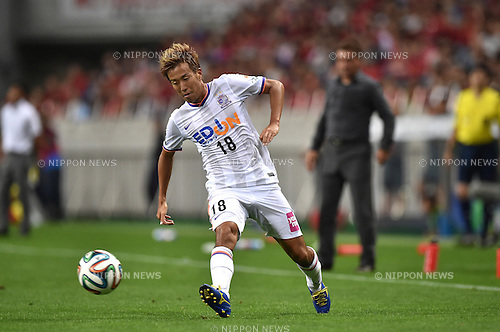 Yoshifumi Kashiwa (Sanfrecce),<br /> AUGUST 16, 2014 - Football / Soccer :<br /> 2014 J.League Division 1 match between Urawa Red Diamonds 1-0 Sanfrecce Hiroshima at Saitama Stadium 2002 in Saitama, Japan. (Photo by AFLO)