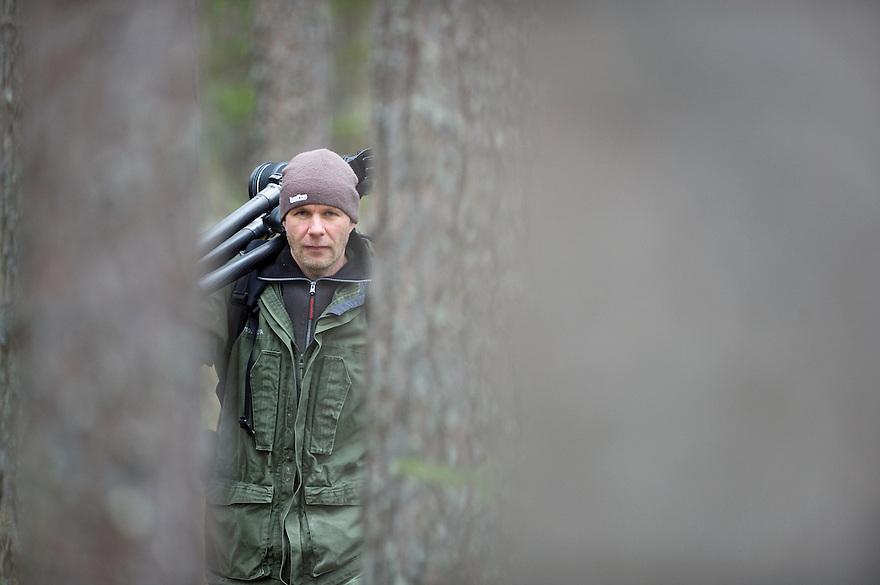 21.04.2009.Nature photographer Erlend Haarberg in Bergslagen, Sweden.