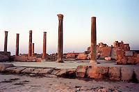 Libia  Sabratha .Citt&agrave;  romana a circa 67km da Tripoli.Il Tempio di Antonino.<br /> Sabratha Libya.Roman city about 67km from Tripoli.<br /> The Temple of Antoninus.
