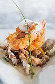 Crevettes et seiches frites
