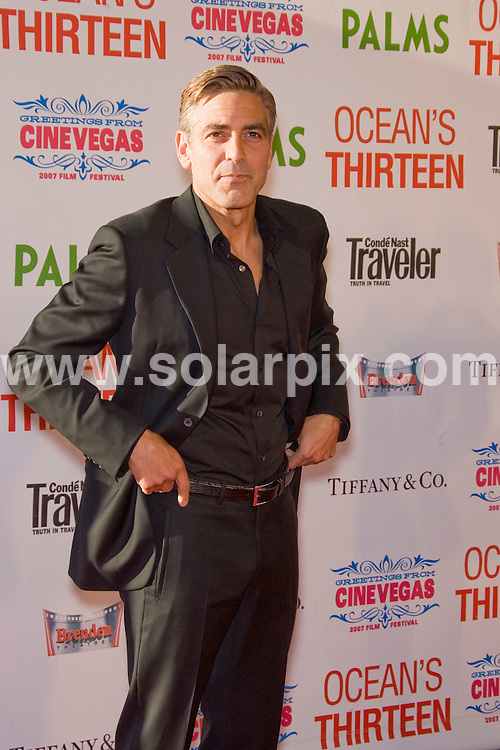 **ALL ROUND PICTURES FROM SOLARPIX.COM**.**SYNDICATION RIGHTS FOR UK, SPAIN, PORTUGAL, AUSTRALIA, S.AFRICA & DUBAI (U.A.E) ONLY**.The Cine Vegas Film Festival Opening Night Screening of Ocean's Thirteen at the The Palms Casino Resort in Las Vegas, Nevada in the USA held on the 06_06_07..This pic:GEORGE CLOONEY..JOB REF:4047-PHZ    DATE:06_06_07 .**MUST CREDIT SOLARPIX.COM OR DOUBLE FEE WILL BE CHARGED* *UNDER NO CIRCUMSTANCES IS THIS IMAGE TO BE REPRODUCED FOR ANY ONLINE EDITION WITHOUT PRIOR PERMISSION*