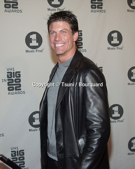 Paul Logan arrives at the VH1 2002 Big Awards held at the Grand Olympic, on December 4, 2002.            -            LoganPaul02.jpg