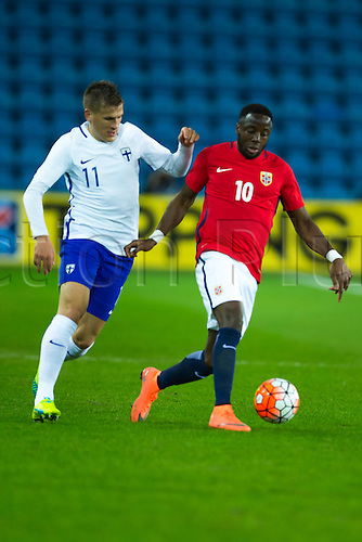 29.03.2016  Ullevaal Stadion, Oslo, Norway Adama Diomande of Norway in pursuit of the ball against Robin Lod of Finland during the International Football Friendly match  between Norway and Finland at the Ullevaal Stadion in Oslo, Norway.  Norway ran out 2-0 winners of the game.