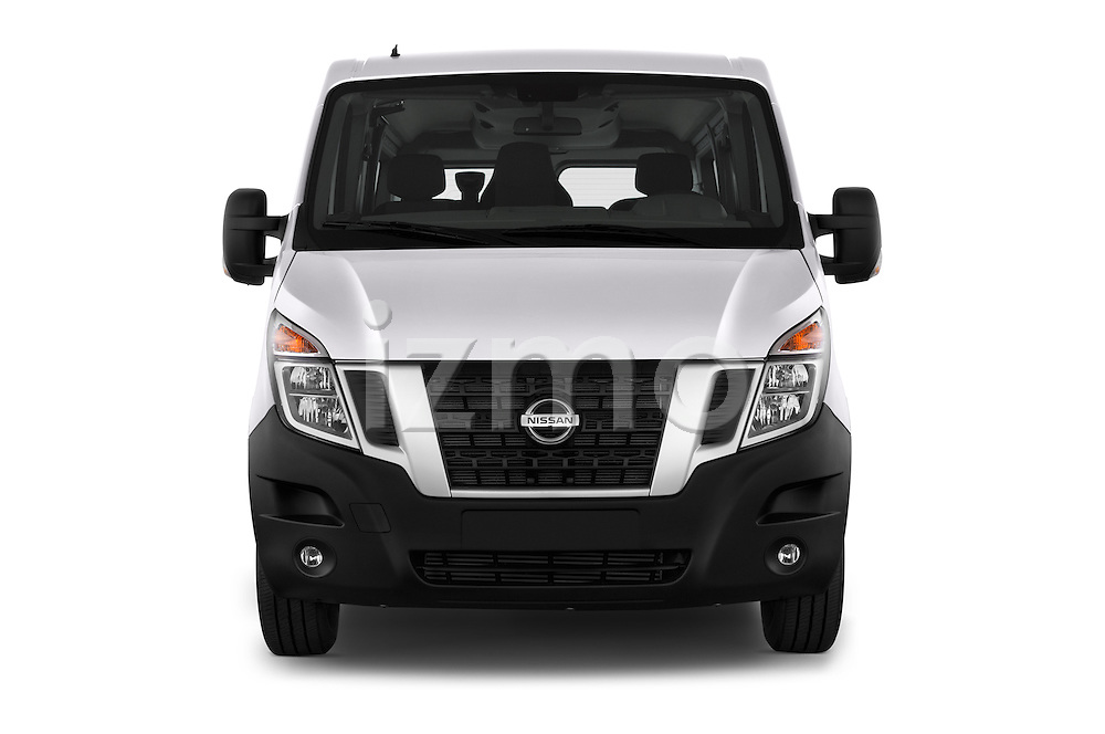 Car photography straight front view of a 2016 Nissan NV400-Combi l1h1-Optima 5 Door Passenger Van Front View