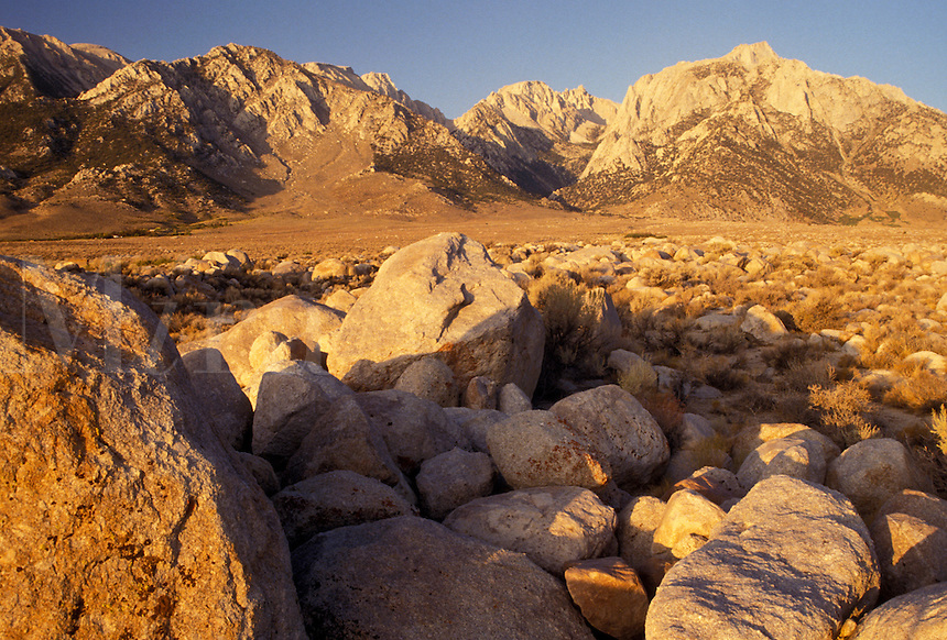 AJ3809, Mt. Whitney, Sierra Nevada Mountains, Lone Pine, California, Mount Whitney from Alabama Hills in the Eastern Sierra in Lone Pine in the state of California.