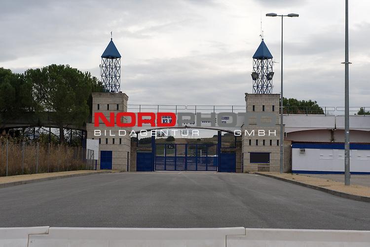 Circuito de Jerez, Jerez, ESP, Circuito de Jerez, Formel 1  10.01.2014, <br /> <br /> Teststrecke in Jerez (Spanien - Andalusien) Immer im Januar finden hier die Testfahrten der Formel 1 Fahrer statt.<br /> <br /> Eingangsbereich<br /> <br /> Foto &copy; nordphoto/ Kokenge