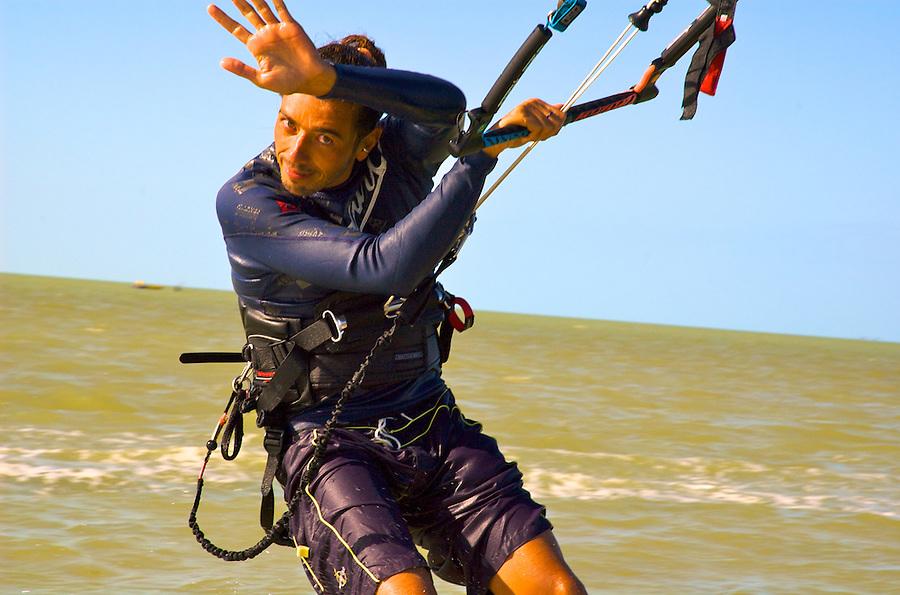 Kitesurfing, Isla Blanca, Cancun, Mexico