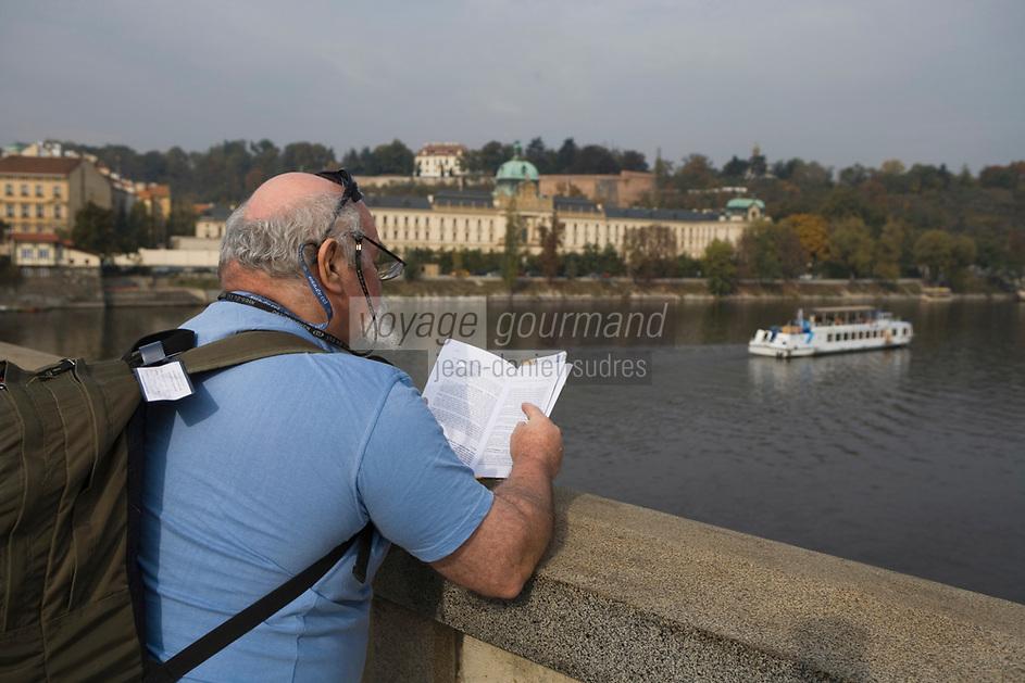 Europe/République Tchèque/Prague:Les bords de la Vltava au pont Legil
