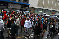 CURITIBA, PR, 25.05.2014 - MARCHA DA MACONHA / CURITIBA - Manifestação pela legalização da maconha no centro de Curitiba na tarde deste domingo (25). Passeata percorrer as principais ruas de Curitiba. (Foto: Paulo Lisboa / Brazil Photo Press)