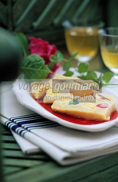 """Europe/France/Aquitaine/64/Pyrénées-Atlantiques/Saint-Jean-de-Luz: Touron aux fruits frais - Recette de Benoit Sarthou chef de la """"Taverne Basque"""""""