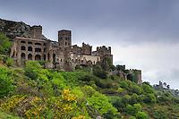 Espagne, Catalogne, Costa Brava, El Port de la Selva, le monastère de Sant Pere de Rodes // Spain, Catalonia, Costa Brava, El Port de la Selva, Monastery of Sant Pere de Rodes