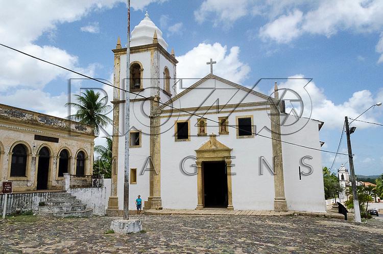 Igreja Matriz dos Santos Cosme e Damião - primeira igreja do Brasil construída em 1535, Igarassu - PE, 12/2012.