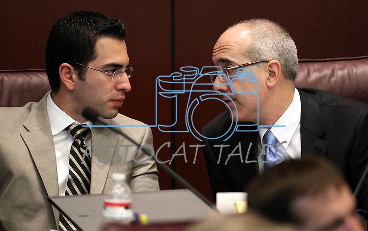 Nevada Senators Ruben Kihuen, left, and Mo Denis, both D-Las Vegas, work in committee on Wednesday, Feb. 16, 2011 at the Legislature in Carson City, Nev. .Photo by Cathleen Allison