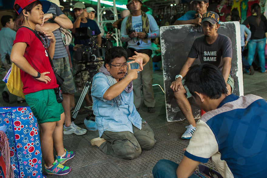 """Behind the scene of the last 2 days of shooting of """"3.50"""", a Singapore-financed dramatic thriller about human trafficking in Cambodia co-direct by Chhay Bora — whose first feature film """"Lost Loves"""" is Cambodia's second-ever official entry to the Oscar's for foreign language film this year."""