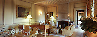 """Europe/France/Pays de la Loire/49/Maine-et-Loire/Briollay: Hotel Restaurant Relais et château """"Chateau de Noirieux"""" - détail d'un salon"""