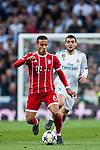 Thiago Alcantara (L) of FC Bayern Munich competes for the ball with Mateo Kovacic of Real Madrid during the UEFA Champions League Semi-final 2nd leg match between Real Madrid and Bayern Munich at the Estadio Santiago Bernabeu on May 01 2018 in Madrid, Spain. Photo by Diego Souto / Power Sport Images