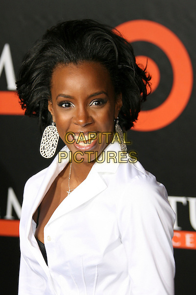 "KELLY ROWLAND.""The Seat Filler"" Hollywood Premiere - Arrivals held at El Capitan Theatre, Hollywood, California, USA..February 22nd, 2006.Photo: Zach Lipp/AdMedia/Capital Pictures.Ref: ZL/ADM.headshot portrait dangling earrings.www.capitalpictures.com.sales@capitalpictures.com.© Capital Pictures."