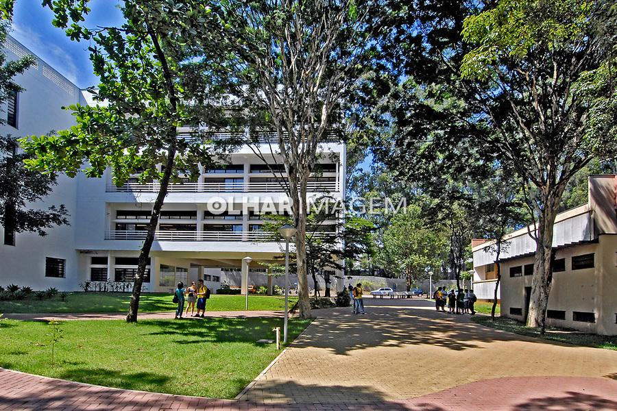 Edificios da Universidade de São Paulo, USP. São Carlos. São Paulo. 2008. Foto de Juca Martins.