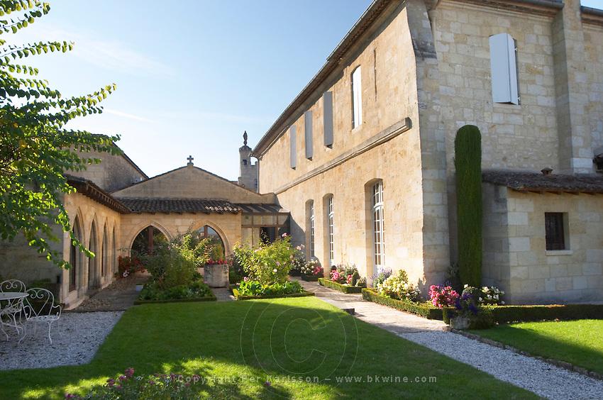 back court yard garden couvent des jacobins saint emilion bordeaux france