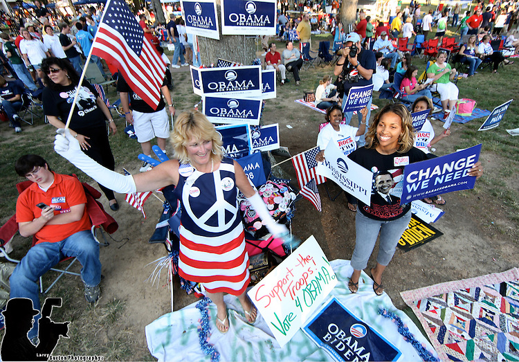 Supporters of Democratic presidential nominee Barack Obama,  Kely Jacobs (L) and Katrina Porter prior to the debate on September 26, in Oxford, Mississippi..