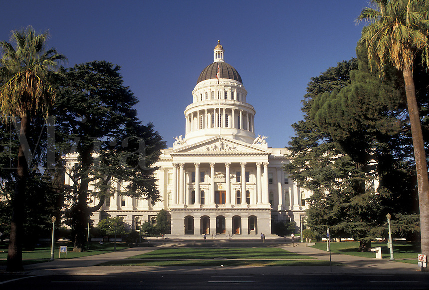 AJ3756, State Capitol, Sacramento, State House, California, State Capitol Building in the capital city of Sacramento in the state of California.