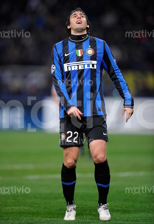 FUSSBALL  International  Champions League  SAISON 2009/2010    Inter Mailand  - Kazan       09.12.2009 Diego Milito  (Inter)