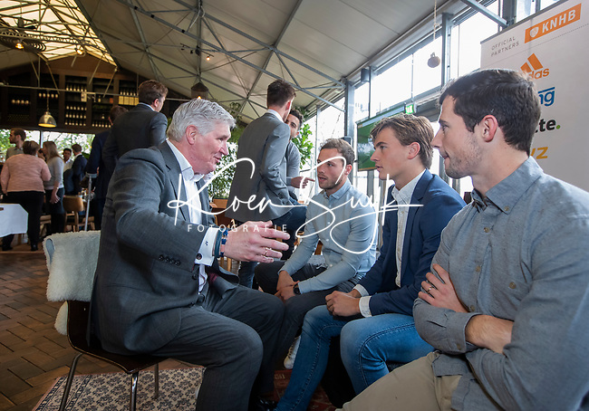 VOGELENZANG - manager Joof Verhees (Ned)  met Roel Bovendeert, Jorrit Croon en Sander Baart,  Spelerslunch KNHB 2019.   Hockey internationals Nederlands dames en heren met sponsoren. COPYRIGHT KOEN SUYK