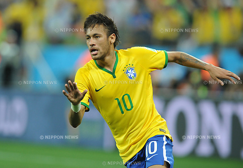 Neymar (BRA), JUNE 12, 2014 - Football / Soccer : Neymar of Brazil celebrates after scoring their 1st goal during the FIFA World Cup Brazil 2014 Group A match between Brazil 3-1 Croatia at Arena de Sao Paulo in Sao Paulo, Brazil. (Photo by SONG Seak-In/AFLO)