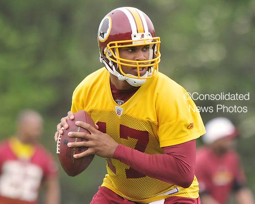 Ashburn, VA - May 2, 2009 -- Quarterback Jason Campbell (17) participates in the 2009 Washington Redskins mini-camp at Redskins Park in Ashburn Virginia on Saturday, May 2, 2008..Credit: Ron Sachs / CNP