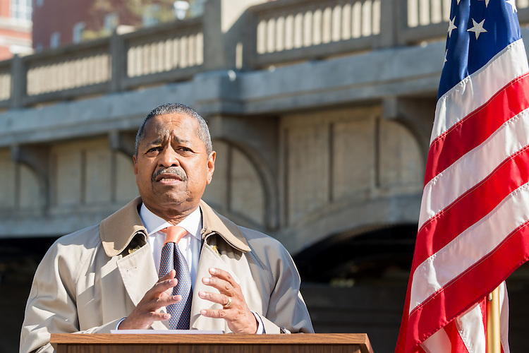 Ohio University President, Roderick McDavis, thanks contributers to the Oxbow Bridge project during the dedication and opening of the bridge.  Photo by Elizabeth Held