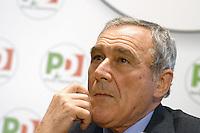 Roma, 28 Dicembre 2012.Piero Grasso, procuratore nazionale antimafia si candida nella lista del PD