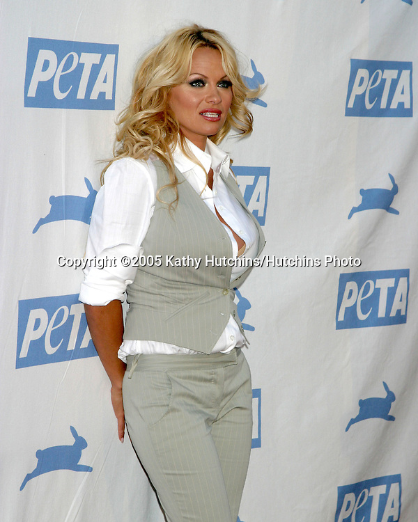 Pamela Anderson.PETA 25TH ANNIVERSARY GALA.Paramount Studios.Los Angeles, CA.September 10, 2005.©2005 Kathy Hutchins / Hutchins Photo