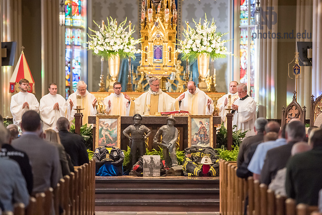 September 28, 2017; Blue Mass at the Basilica of the Sacred Heart.  (Photo by Barbara Johnston/University of Notre Dame)