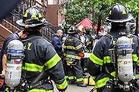 NOVA YORK, EUA, 10.09.2018 - INCÊNDIO-EUA - Um incêndio atingiu um prédio residencial na Ilha de Manhattan na cidade de Nova York nos Estados Unidos nesta segunda-feira, 10. (Foto: Vanessa Carvalho/Brazil Photo Press)