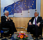 Brussels-Belgium - February 02, 2015 -- Jean-Claude JUNCKER (ri), President of the European Commission, receives Winfried KRETSCHMANN (le),  Minister-President of the state of Baden-Wuerttemberg (Germany) -- Photo: © HorstWagner.eu