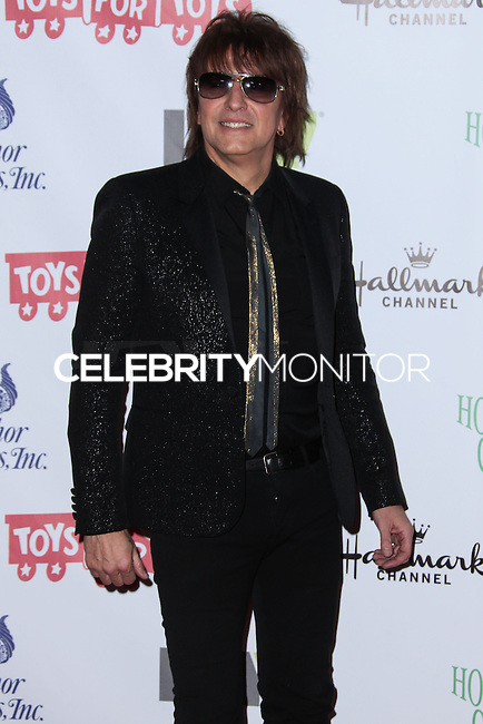 HOLLYWOOD, CA - DECEMBER 01: Richie Sambora arriving at the 82nd Annual Hollywood Christmas Parade held at Hollywood Boulevard on December 1, 2013 in Hollywood, California. (Photo by Xavier Collin/Celebrity Monitor)