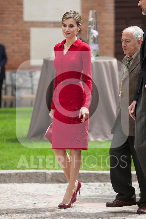Queen Letizia of Spain and awarded writer Juan Goytisolo during `2014 Cervantes Award´ at Alcala de Henares University in Alcala de Henares, Spain. April 23, 2015. (ALTERPHOTOS/Victor Blanco)